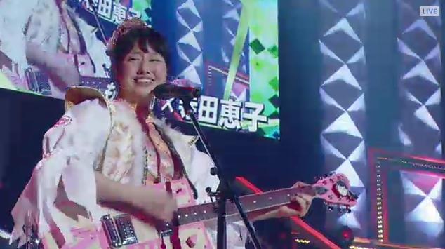 佐々木彩夏のエレキギターゆく桃くる桃