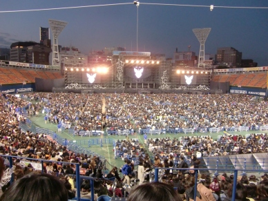 横浜スタジアムコンサート例1