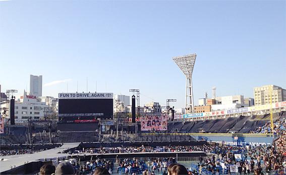 横浜スタジアムコンサート例4
